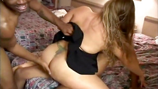 MILF WIFE CUCKOLD CREAMPIE HOTEL GANGBANG BLACK COCKS
