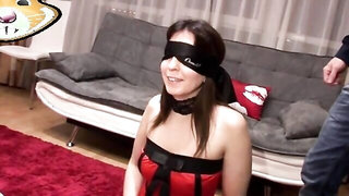 Blindfolded lady will give two blowjobs and get her face covered in jizz
