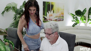 Gorgeous super curvy and sexy babe Coralyn Jewel is into jerking cock