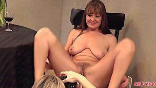 Mature porn models taking photo shoots