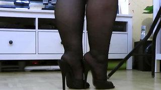 Bbw mature heels