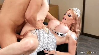 Mail order zz princess has her funbags torn up by humungous peen
