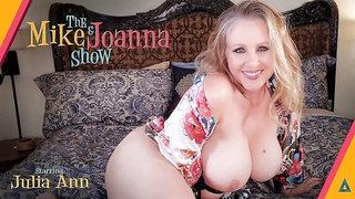 Adorable big-bottomed blonde Julia Ann shows off her naked goods
