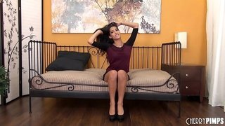 Long penetration session with the curvaceous Chloe Amour