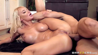 London River - Slipping It In The Soccer Milf