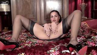 Estelle - Gratefully Girdled