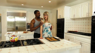 English mature housewife Jamie Foster is brutally fucked by black stud