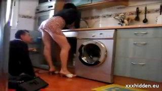 hidden cam Flashing the plumber