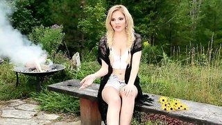 Richelle Taylor in Oh Canada - PlayboyPlus