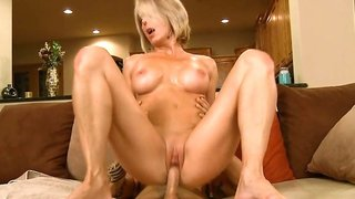 Short haired mature fucks her young lover on the couch
