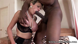 Mommy Blond Hair Babe With Cum Load In Expanded Slit