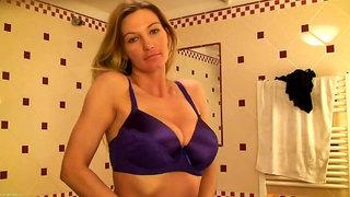 Vanessa Lovely