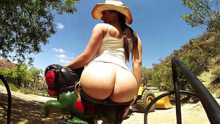 Country gal Sheena Ryder demonstrates her thick country booty