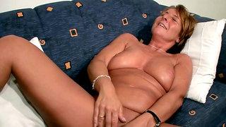 german mature mom masturbate at casting