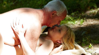 Beautiful chick Katalyna is enjoying outdoor sex with an old boss