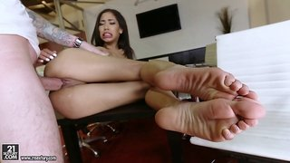 Divine Shay Evans has her feet licked and her snatch banged