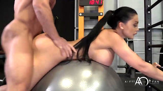 Racy brown-haired with big body, Aletta Ocean is constantly going to the gym to get drilled
