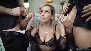 Two big hard cocks penetrate anus and pussy of hot seductress Siya Jey