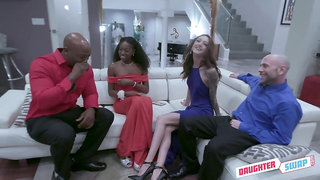 Black girls Anne Amari offers to swap men for some kinky blowjob workout
