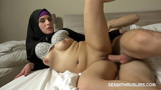 Arab babe in hijab gets fucked from behind