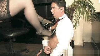 MistressSidonia - Office_Shoe_Pervert