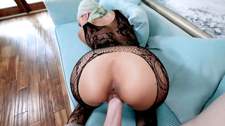 Latina mom Cali Lee gets her pussy drilled doggystyle