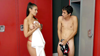 Katana Kombat gets amazed by Ricky's cock