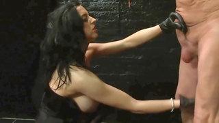 Louise Jenson Ballbusting Kinky Kicks