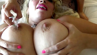Iced Knockers And Tit Sucks Lesbians