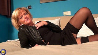 Belgian housewife playing in bed