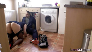 Glam UK cougar gets drilled by her plumber
