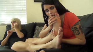Big booty swinger babe is riding multiples cocks in a wild orgy