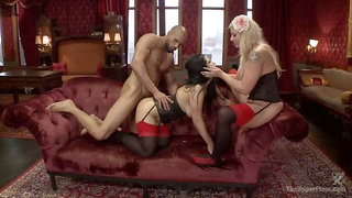 Alpha Anal Slave Teaches her Bitch to Service Hard Cock