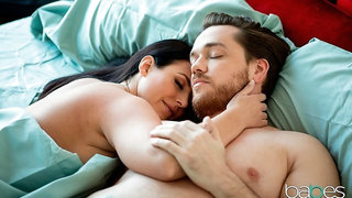 Good-looking doll with big bottom Angela White likes anal sex