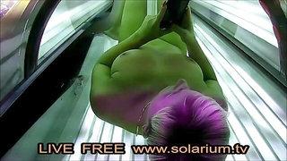 Solarium Cam Geil Blonde Masturbiert Und Fingert Sich Live solarium.tv