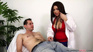 Heavy-Breasted Biracial Big Beautiful Women Porn Video