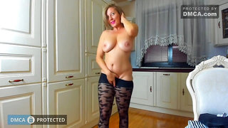 Tunderose 01 - cam Striptease mature