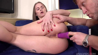Busty euro cougar jenny opens her backdoor for a big milky penis