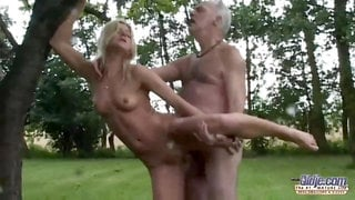 morning workout with grandpa - young babe with natural tits fancy old cock