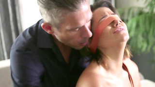 Slave lets me tie her hands and put a blindfold on her face