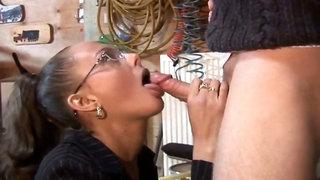 Dutch cougar ass-fuck and boob bang