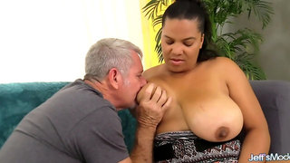 Chubby Lady Takes a Dick