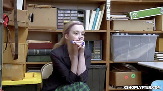 Shoplyfter Lexi Lore giving the LP Officer a blowjob