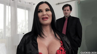 Black haired milf, Jasmine Jae fucked her lover in front of her partner, just for fun