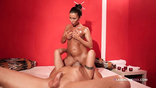 Full anal and vaginal with a sensual MILF