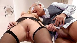 Natural-tit blonde with cute face Lucy Heart fuck with old man