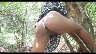 Srilankan teen duo outdoor porn jungle bang