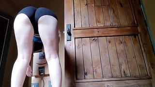 Bikini slut with gorgeous ass