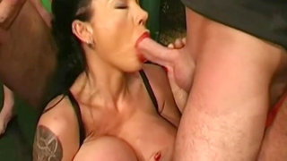 Big Breasts And Huge Tits Porn DP For HUGE Boobs MILF Kirie In GermanGooGirls Gangbang, Action