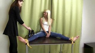 A tickling contest